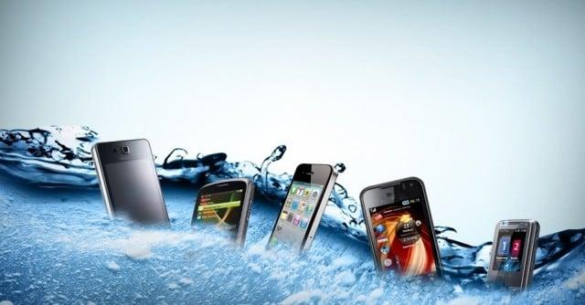 smartphones molhados_956x500