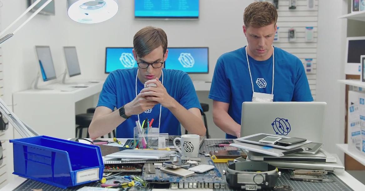 Samsung vem com tudo para cima da Apple com seis(!) vídeos recheados de ironia